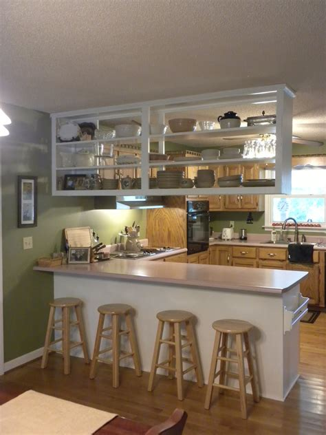 meek perspective   upper kitchen cabinet