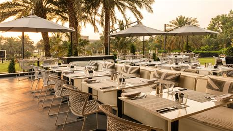 le meridien restaurant restaurants in dubai le royal meridien resort