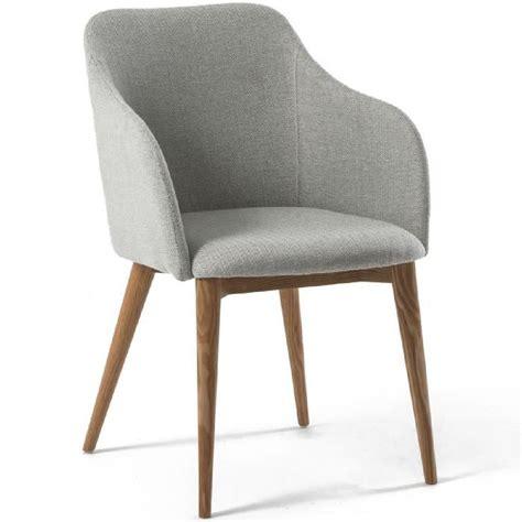 chaise avec accoudoir design scandinave varm gris clair