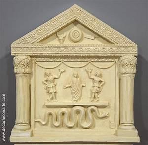 Lararium, Pompeian altarpiece 30x28cm - Pieces of collection