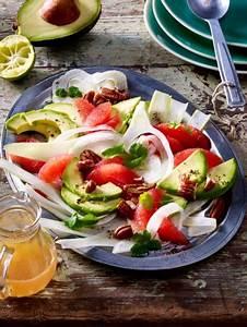 Leichte Salate Rezepte : fr hlingssalate 19 leichte salat rezepte rezepte zum abnehmen salat rezepte salat und fenchel ~ Frokenaadalensverden.com Haus und Dekorationen