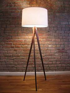 Royal marine tripod floor lamp light fixtures design ideas for Royal marine tripod floor lamp antique brass