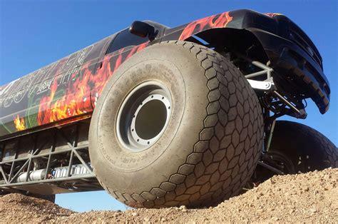 Sin-city-hustler-monster-truck-front Tire Close Up