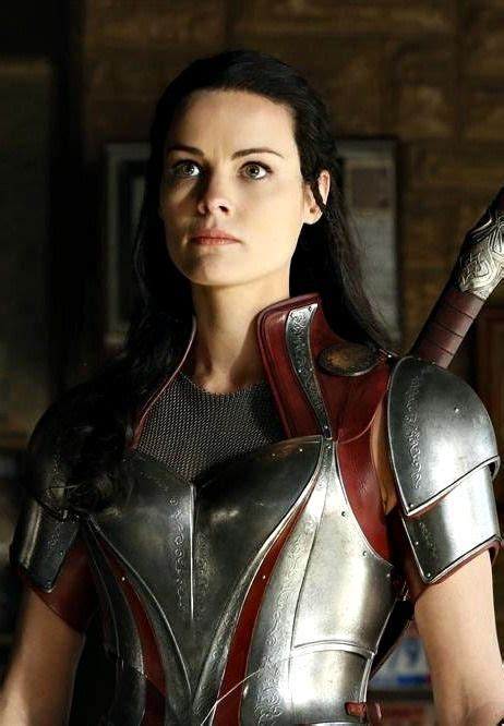 Sif Best Childhood Friend Of Loki And Thor My Mom Says