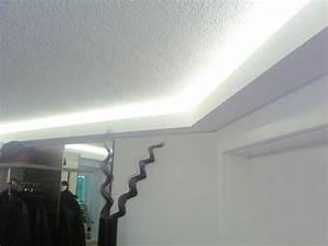Wand Mit Indirekter Beleuchtung : ber ideen zu indirekte beleuchtung decke auf ~ Sanjose-hotels-ca.com Haus und Dekorationen
