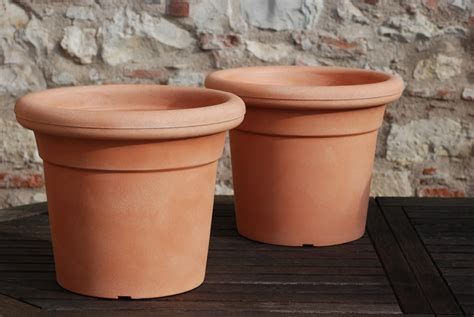 vaso in resina vaso classico terracotta plastica kronos nicoli