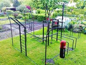 Cheap Exercise Bench by Outdoor Gym Outdoor Calisthenics Pinterest Backyards