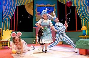 Review: Goodnight Moon (Chicago Children's Theatre ...