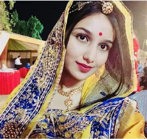Better than any royalty free or stock photos. Pin by Madhu Rathore on Baisa HKM   Rajputi dress, Princess zelda, Indian fashion