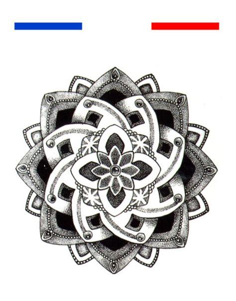 tatouage fleur de lotus mandala poignet mon petit