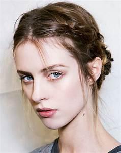 Tresse Cheveux Courts : 23 magnifiques tresses sur cheveux courts coiffure simple ~ Melissatoandfro.com Idées de Décoration