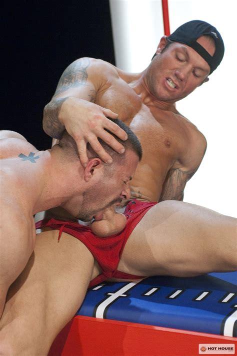 Muscled Athletes Kyle King And Bo Dean Fucking At Suck A Boner