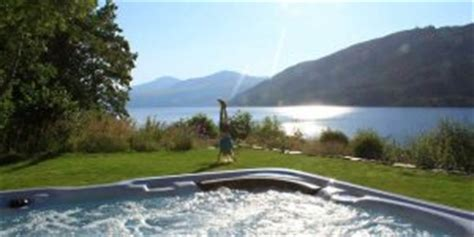Cottages Scotland Tub by Cottages Lodges With Tubs Embrace Scotland
