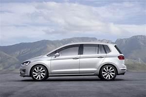Monospace Volkswagen : golf sportsvan le nouveau monospace de volkswagen news auto ~ Gottalentnigeria.com Avis de Voitures