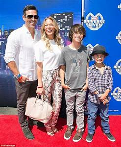 LeAnn Rimes joins her husband and his two sons at Marvel ...