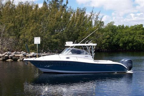Century Boats 30 Express Price by Century Express New And Used Boats For Sale