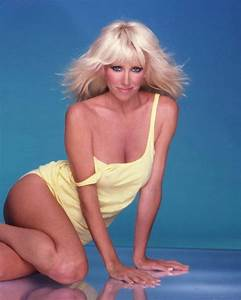 Sexy Suzanne Somers 8x10 11x14 16x20 24x36 Poster Photo