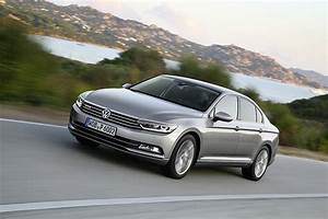 Passat Cc 2015 : first drives 2015 volkswagen passat sedan and variant euro ~ Medecine-chirurgie-esthetiques.com Avis de Voitures