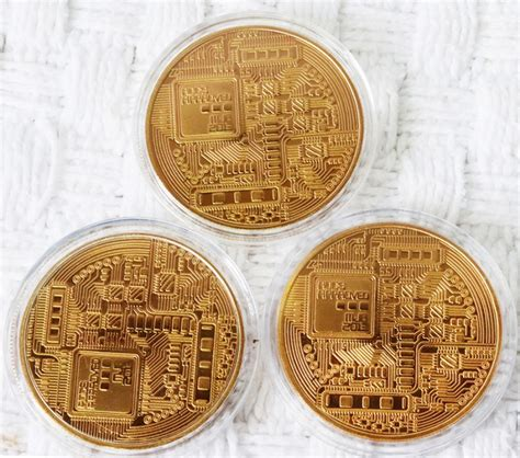 Sell bitcoin using an exchange. Bitcoin in Capsule Gift Art Collection 3 art pieces