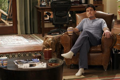 tv comeback charlie sheen schon bald  neuer sitcom