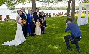 five common wedding photography mistakes that beginners With beginner wedding photography equipment