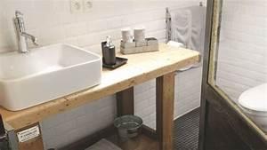 Relooker Meuble Salle De Bain : diy meuble de salle de bains 3 id es pour un relooking c t maison ~ Melissatoandfro.com Idées de Décoration