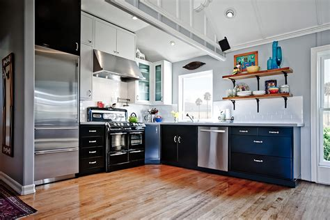 White Metal Kitchen Cabinets by 21 Neat Black And White L Shaped Kitchens Home Design Lover