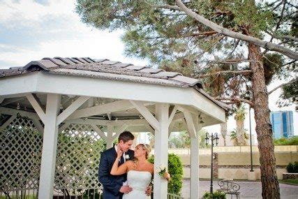 eloping  vegas elope nevada nevada elopement packages