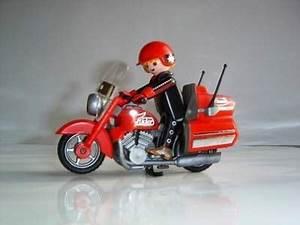 A Quel Age Peut On Conduire Une Moto 50cc : quel moto apr s la 50cc mobcustom ~ Medecine-chirurgie-esthetiques.com Avis de Voitures