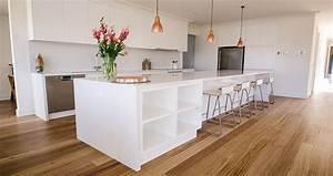 Weiße Küche Mit Holz : die wei e k che ein ort zum durchatmen und kraft tanken ~ Markanthonyermac.com Haus und Dekorationen