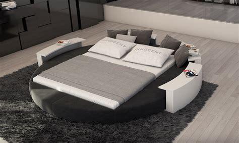 table de jardin et chaises lit rond moderne et design gorojia 979 00