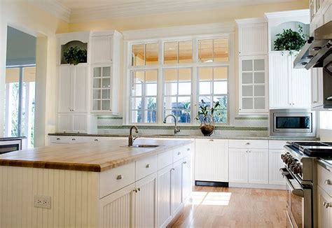 kitchen designs with windows 10 styling options for your kitchen windows 4684