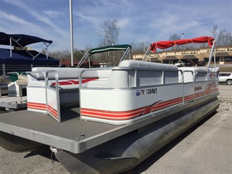 Used Fishing Boats For Sale Near Me by Pontoon Boats Pontoon Boat Manufacturers Dealers
