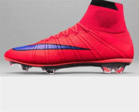 hazard wears  awesome boots cool footy shoes