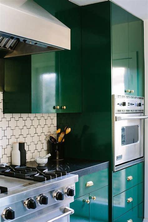 emerald green kitchen emerald green kitchen cabinets design ideas 3561
