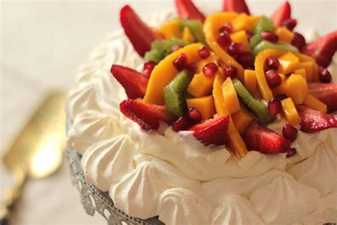 pavlova aux fruits frais un dessert tres facile 192 faire c est tres facile a faire
