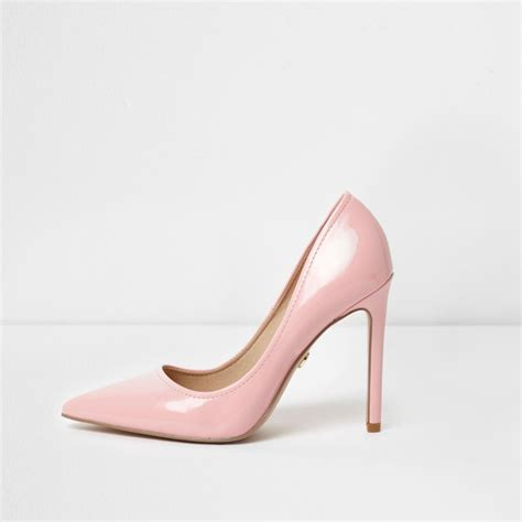 light pink shoes light pink patent pointed toe court shoes shoes shoes