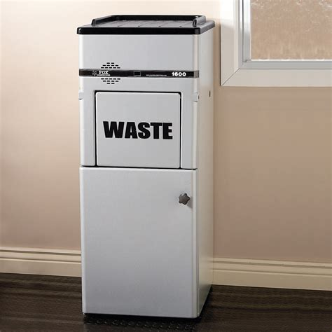 ultimate automatic touchless talking trash compactor  green head