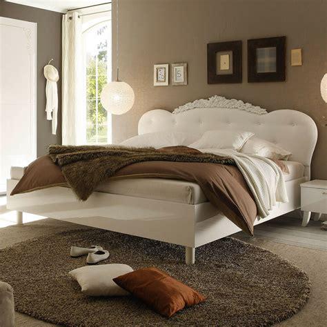 bett ohne füße bett dea doppelbett wei 223 hochglanz kopfteil lederlook wei 223 180x200 cm ebay