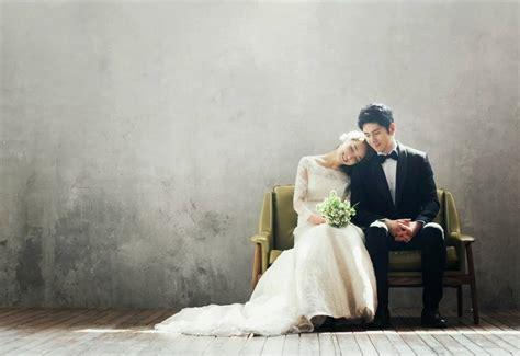 romantis  lucu inilah  pose foto prewedding pasangan