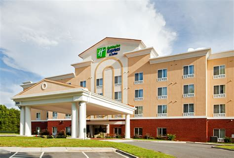 holiday inn express suites charlotte airport charlotte