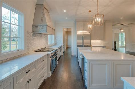 marble arabesque  tile kitchen wall cottage kitchen