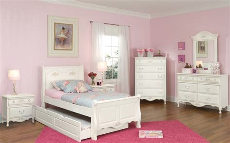 Hypnotic Girls White Twin Bedroom Set With Elegan