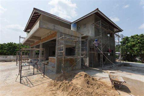 schlüsselfertig oder ausbauhaus ausbauhaus kaufen kosten sparen mit eigenleistung