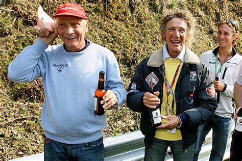Einige tage nach dem grand prix 1966 starb der fahrer john taylor an den bei seinem unfall. Lauda-Unfall jährt sich zum 40. Mal - sport.ORF.at