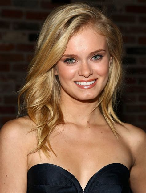 Sara Paxton Summary Film Actresses