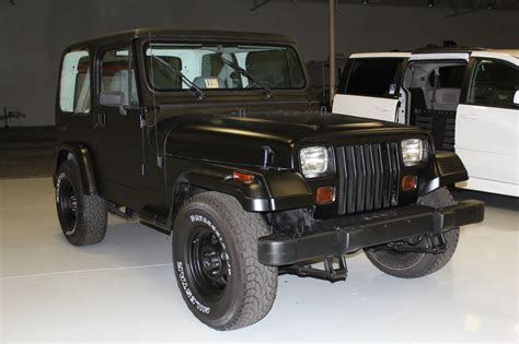 dark gray jeep wrangler 2 door 1990 jeep wrangler base sport utility 2 door 4 2l black