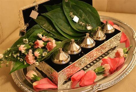arti kehadiran daun sirih  ritual pernikahan