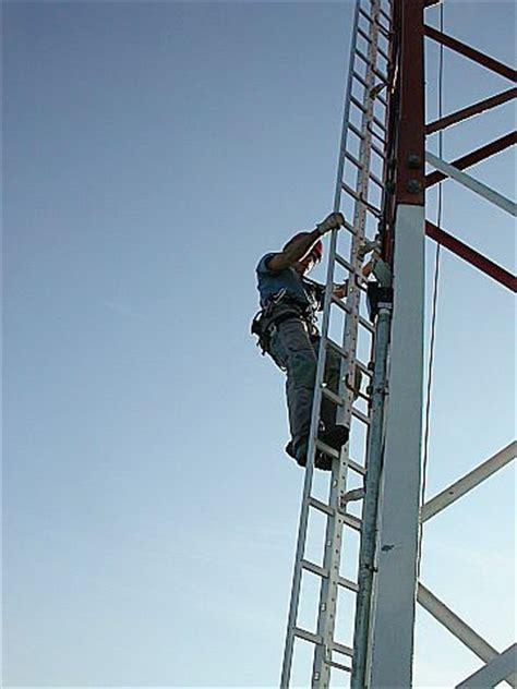 tralicci in ferro progettazione installazione e certificazione linee vita