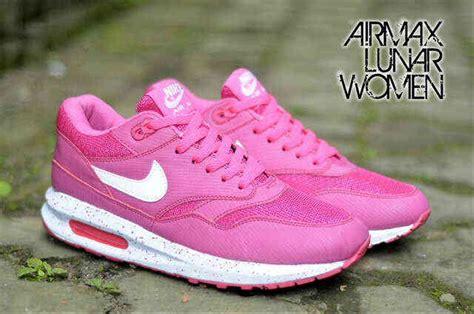 Sepatu Nike Airmax Pink Mix jual sepatu nike airmax lunar pink putih di lapak